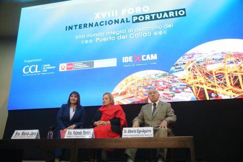 Ministra de Transportes María Jara participa en el XVIII Foro Internacional Portuario
