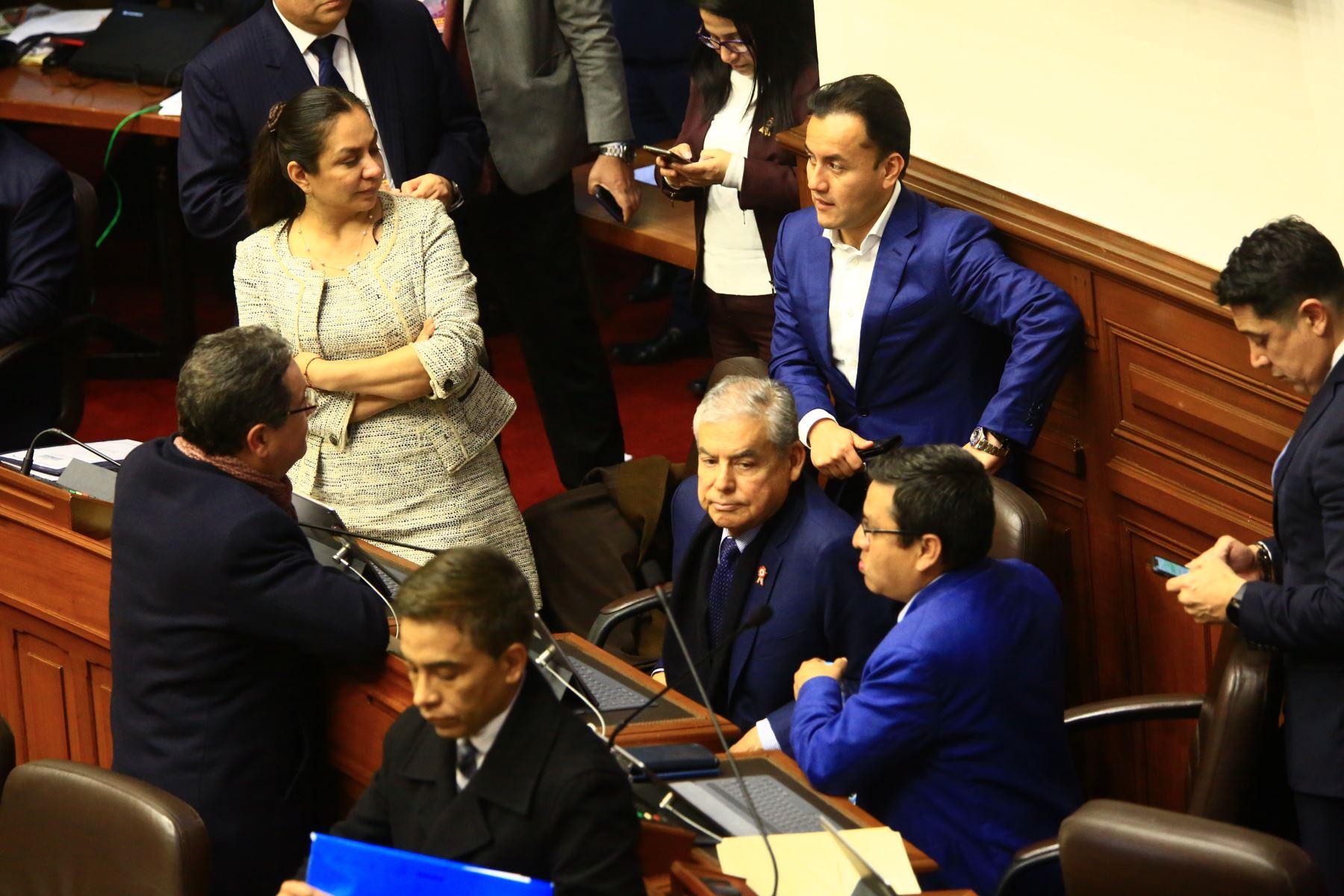 Pleno del Congreso debate los proyectos de reforma política presentadas por el Poder Ejecutivo.   Foto: ANDINA/Pedro Cardenas