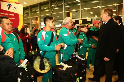 Alcalde de Lima Jorge Muñoz recibe  a la delegación mexicana que participará  en Lima 2019
