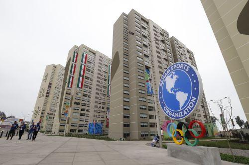 Los equipos de atletas extranjeras se alojan  en la Villa Panamericana