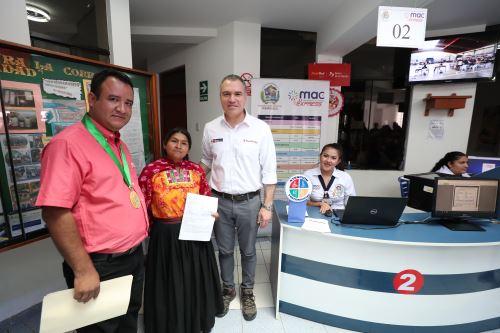 Primer ministro Salvador del Solar inaugura el MAC Express en Jaén
