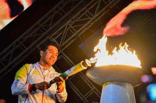 Antorcha Panamericana ilumina la ciudad de Huaraz