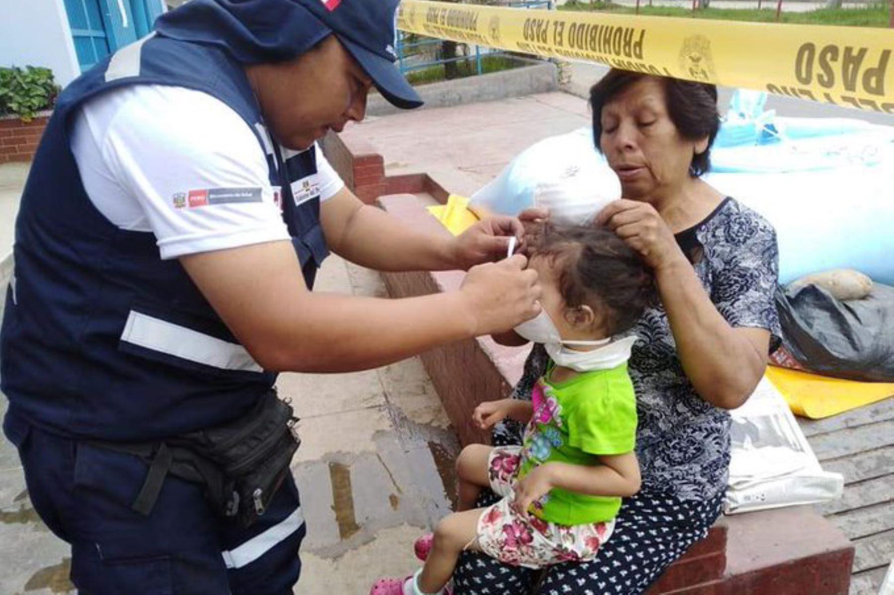 Minsa desplegó más de 20 brigadistas de emergencias y desastres en la zona afectada por el proceso eruptivo del volcán Ubinas, en Moquegua. ANDINA/Difusión