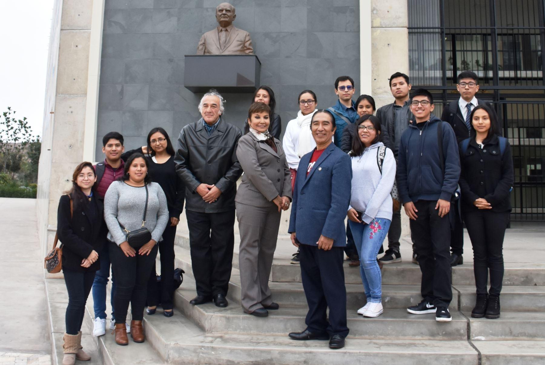 Sanmarquinos que viajaron a Harvard presentaron innovadores proyectos. Foto: ANDINA/Difusión.