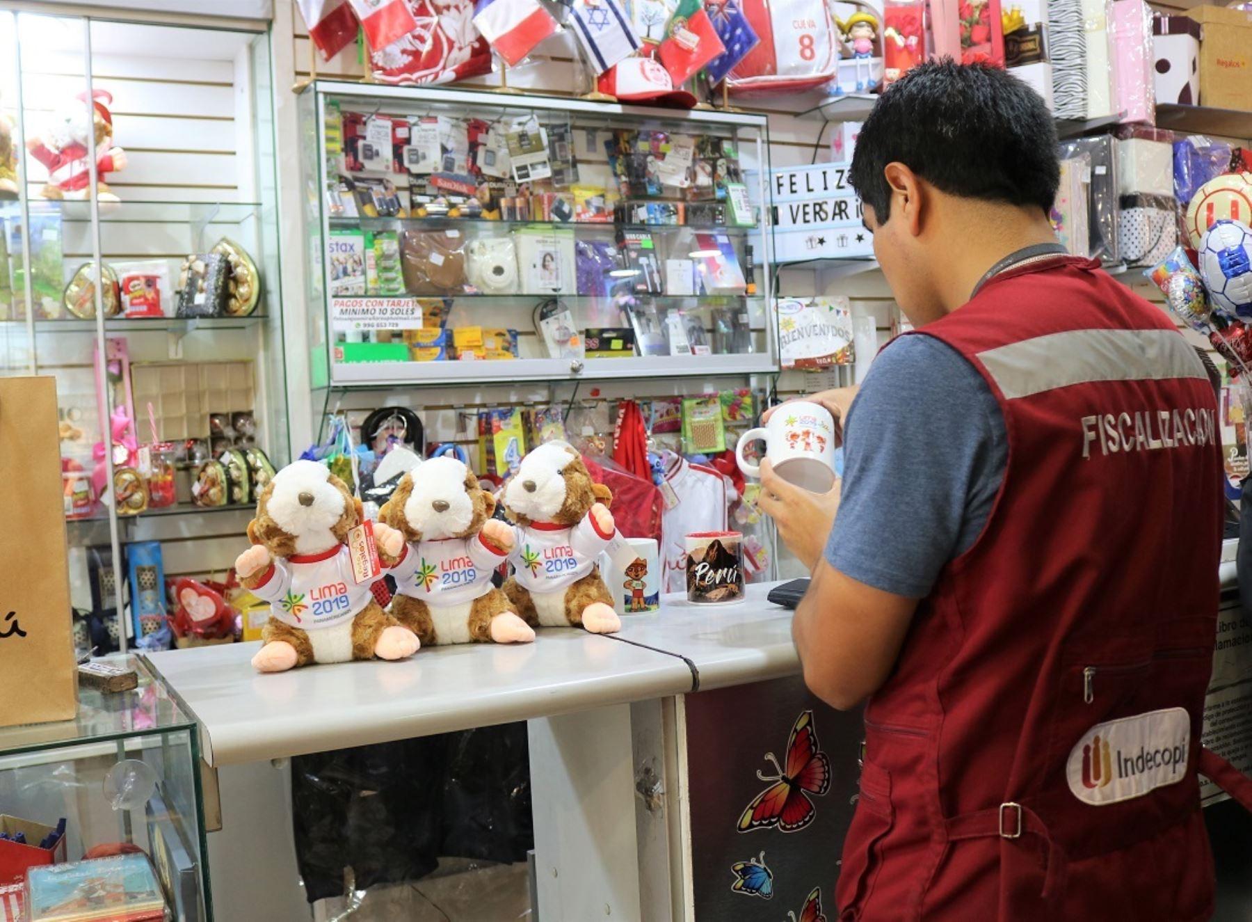 Indecopi supervisa comercialización de productos.