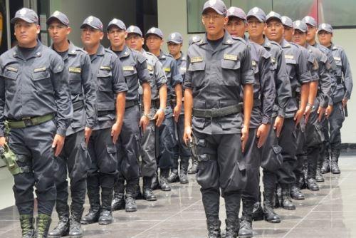 El presidente Sagasti anunció la formación de una comisión de bases cuya misión será recomendar acciones, en un plazo de 60 días, para modernizar y fortalecer a la PNP. Foto: ANDINA/Difusión