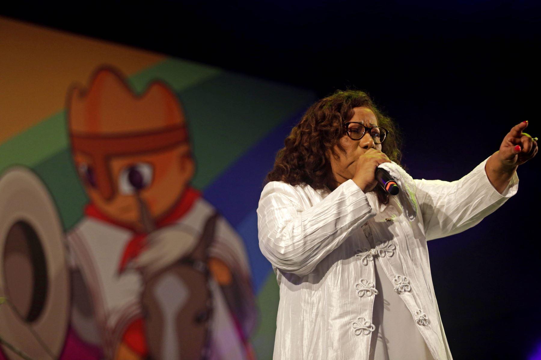 Bartola hizo suyo el escenario del Culturaymi.