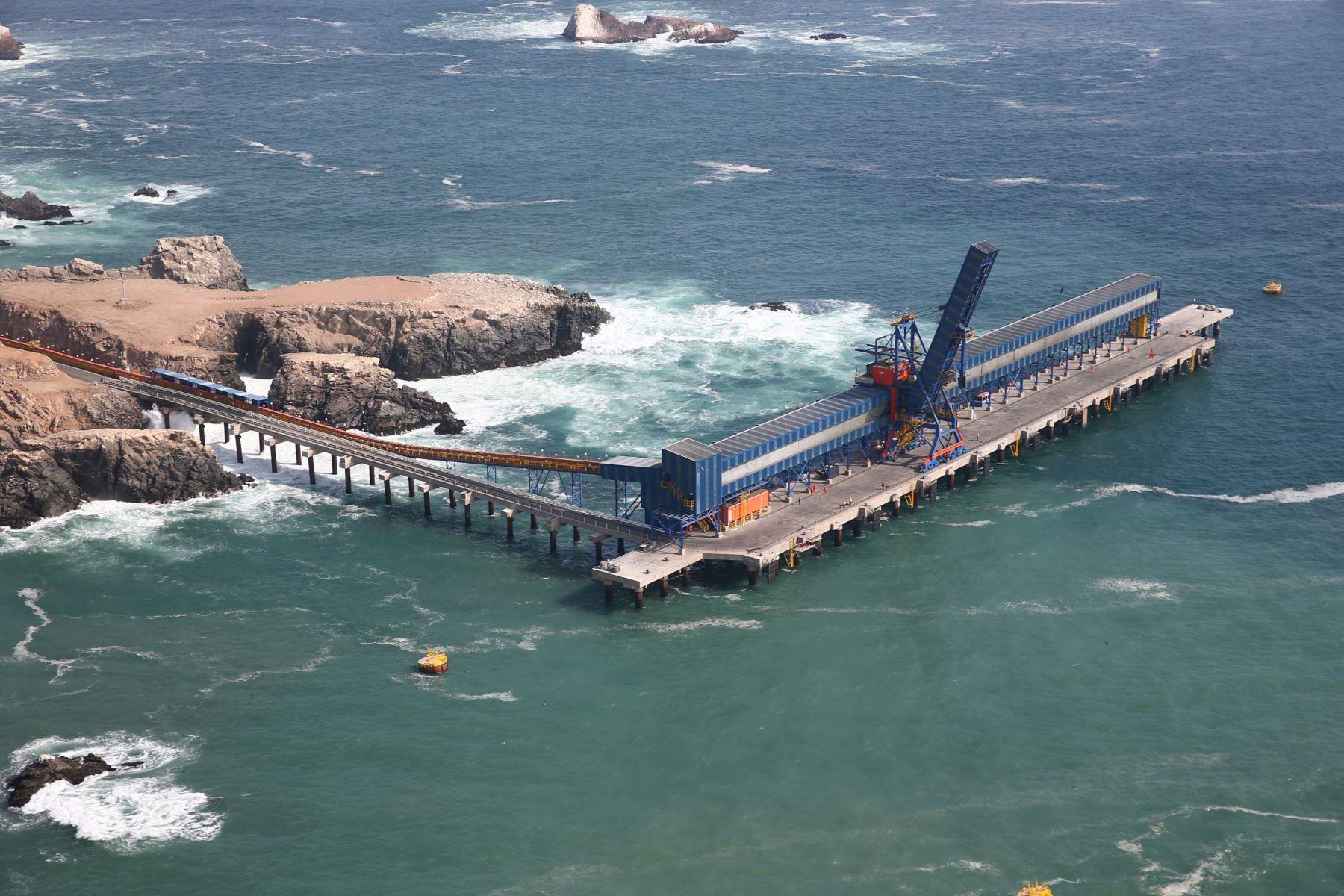 El terminal portuario Matarani está ubicado en la provincia de Islay, departamento de Arequipa. Foto: ANDINA/archivo