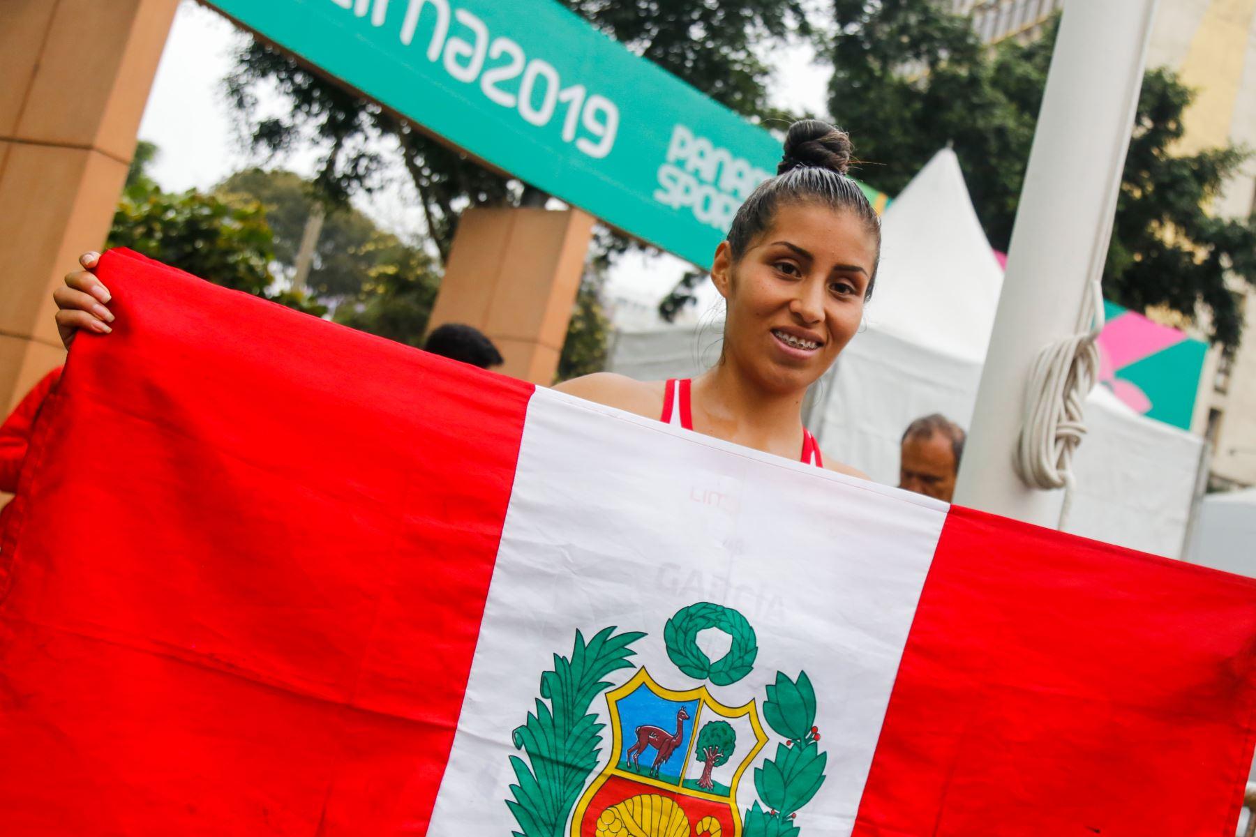 Kimberly García gana medalla de plata en Marcha Femenina 20K. Foto: AFP