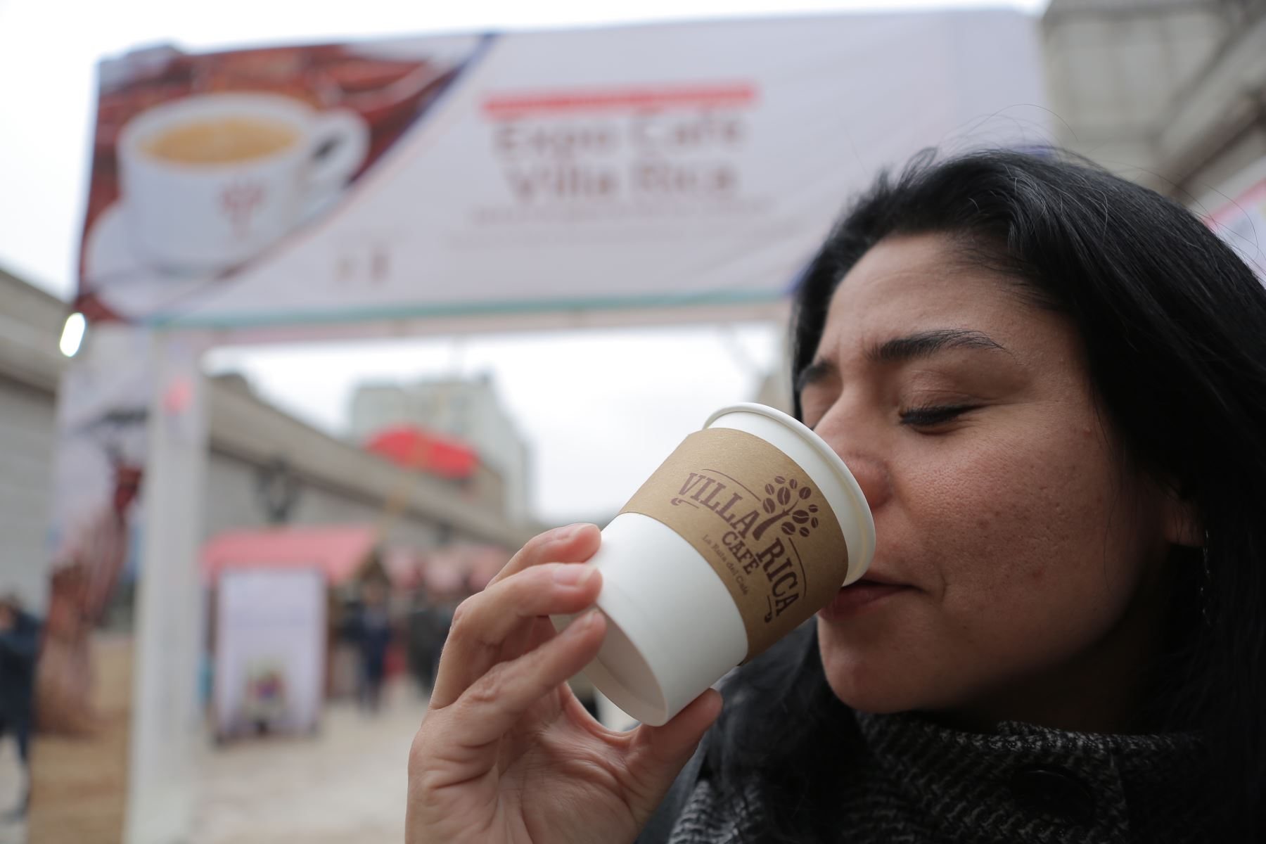 En el Día del Café Peruano, el Ministerio de Agricultura y Riego (Minagri) exhortó a la población a consumir más este producto bandera y lograr que, al año 2021, el consumo aumente a un kilo y medio por persona. ANDINA/Archivo