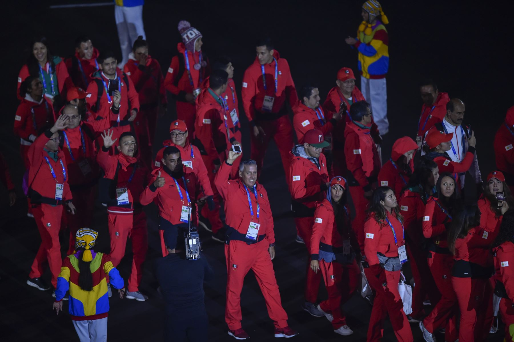 La delegación de México participa en el Desfile de las Naciones durante la ceremonia de clausura de los Juegos Panamericanos de Lima 2019 en Lima el 11 de agosto de 2019. AFP