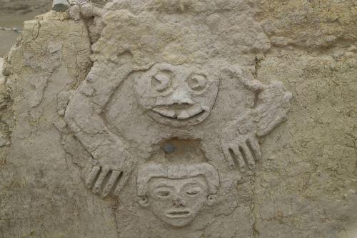Descubren nuevos frisos de la cultura Caral en sitio arqueológico de Vichama