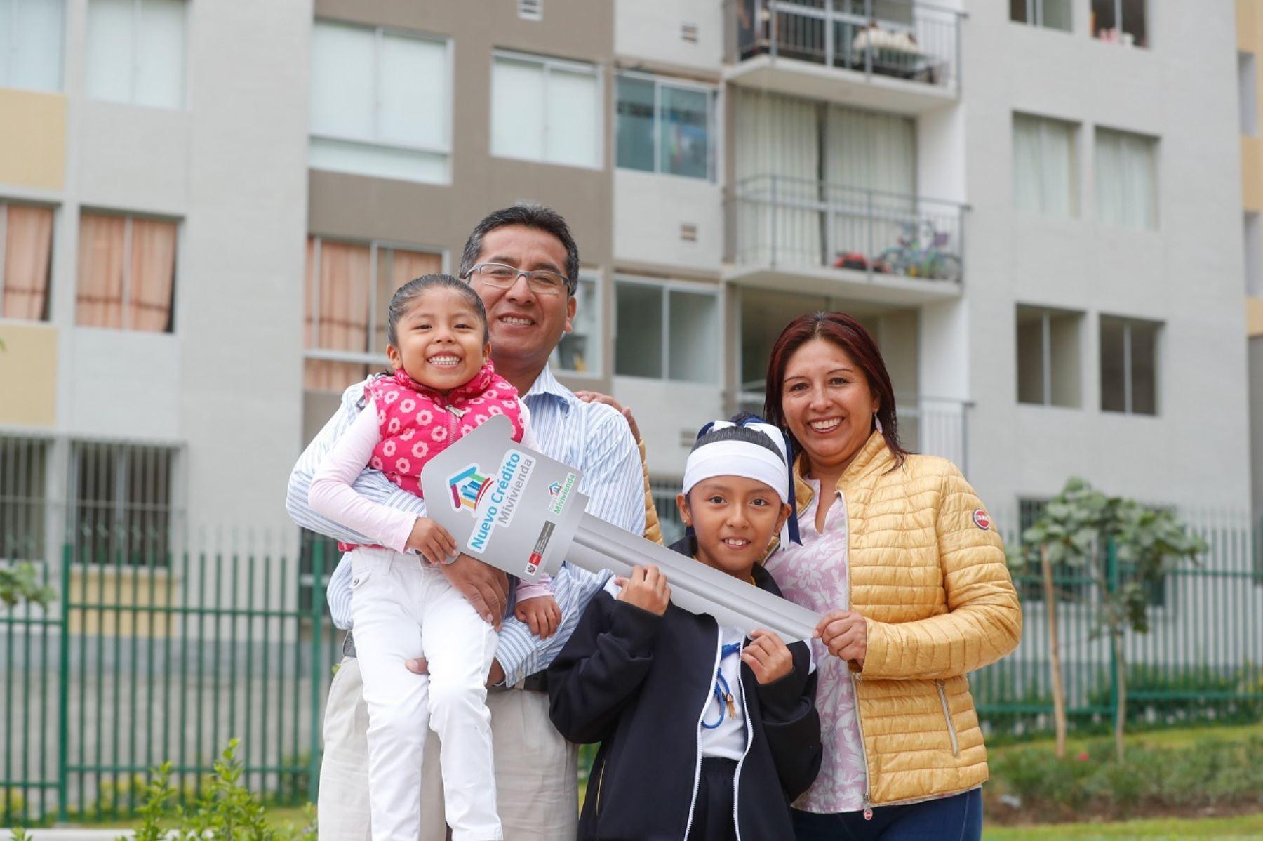 Beneficiarios de Mivivienda. Foto: Cortesía.