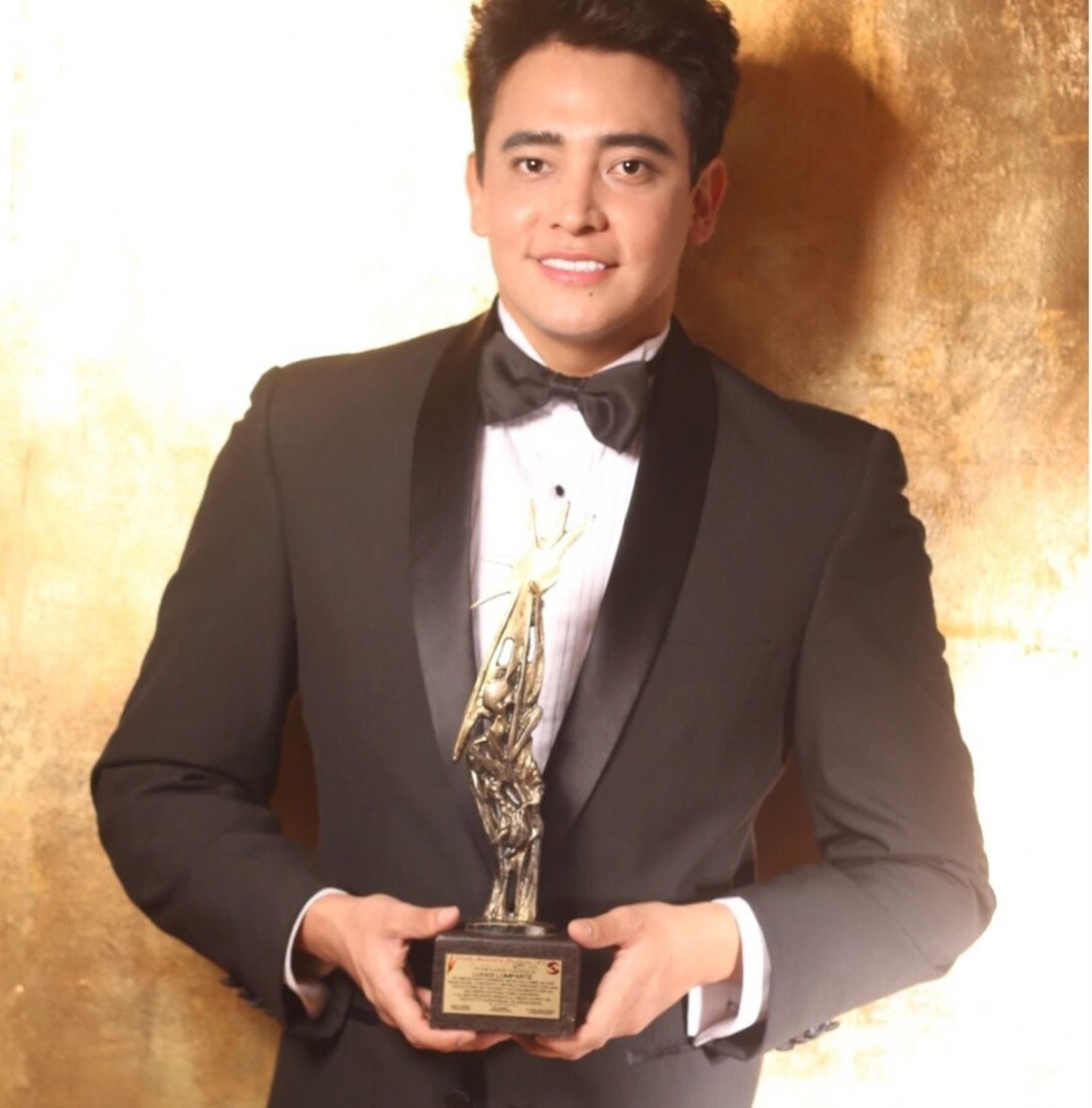 Actor peruano recibe importante distinción en México.