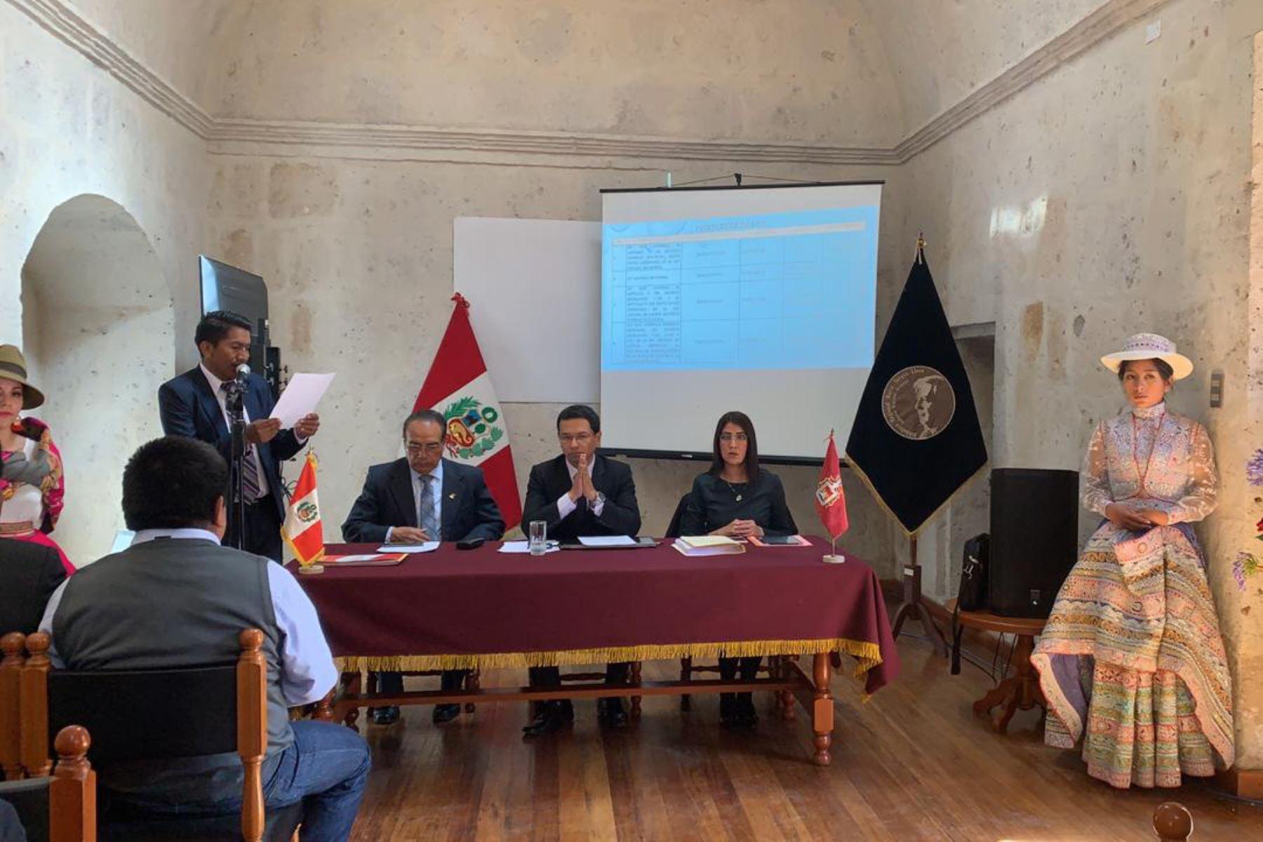 Gobernadores de la Mancomunidad Sur se reúnen esta tarde en Arequipa para evaluar propuesta que plantea nueva Ley General de Minería. ANDINA/Difusión