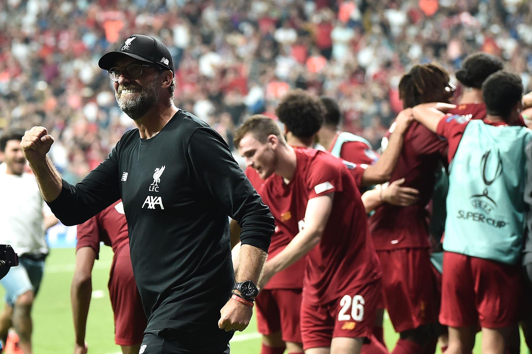 El entrenador alemán del Liverpool, Jurgen Klopp, celebra ganar el partido de fútbol de la Supercopa de la UEFA 2019 entre el FC Liverpool y el Chelsea en el Besiktas Park Stadium de Estambul.Foto:AFP