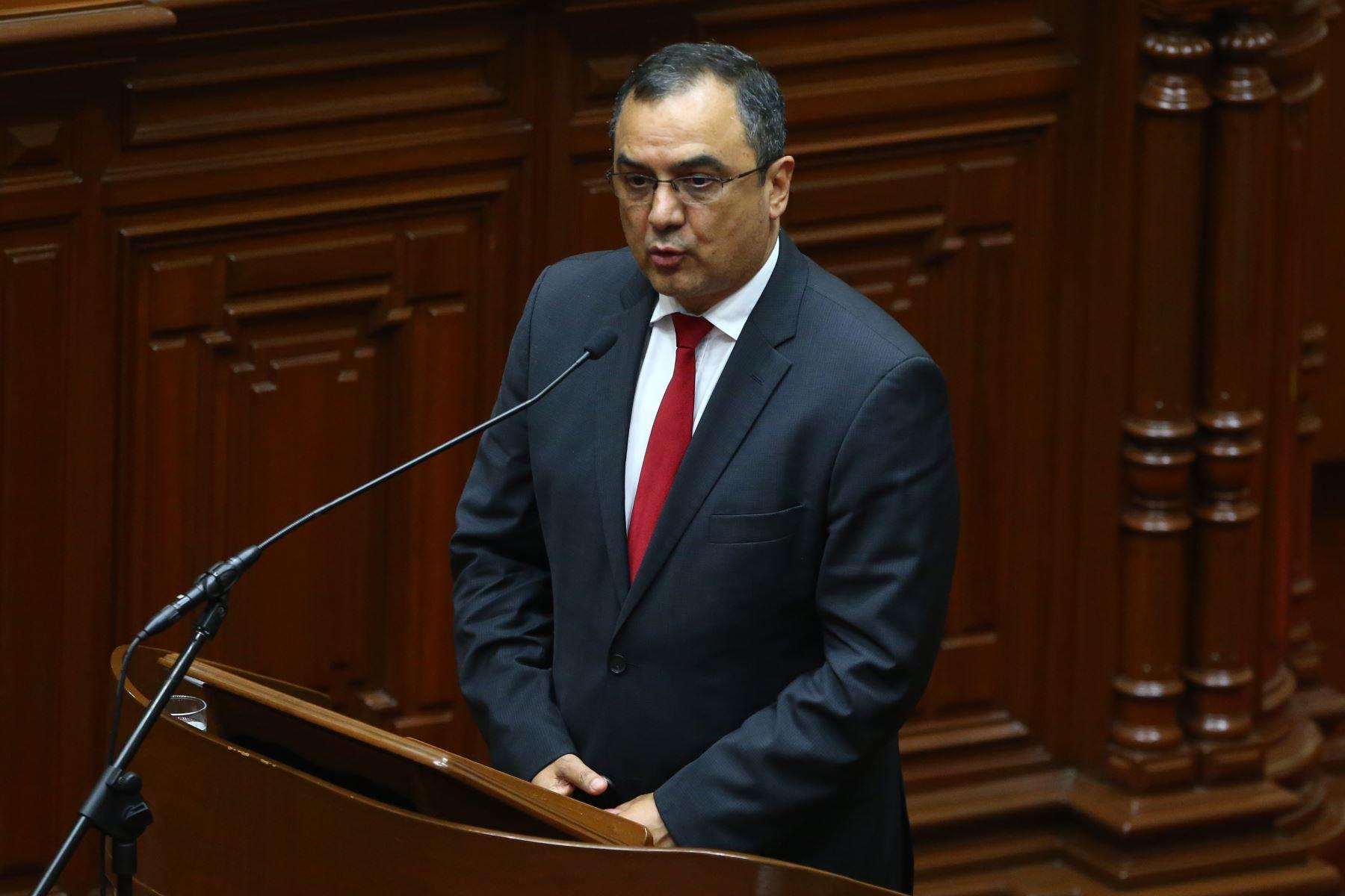 Ministro de Economía y Finanzas, Carlos Oliva. Foto: ANDINA/Vidal Tarqui