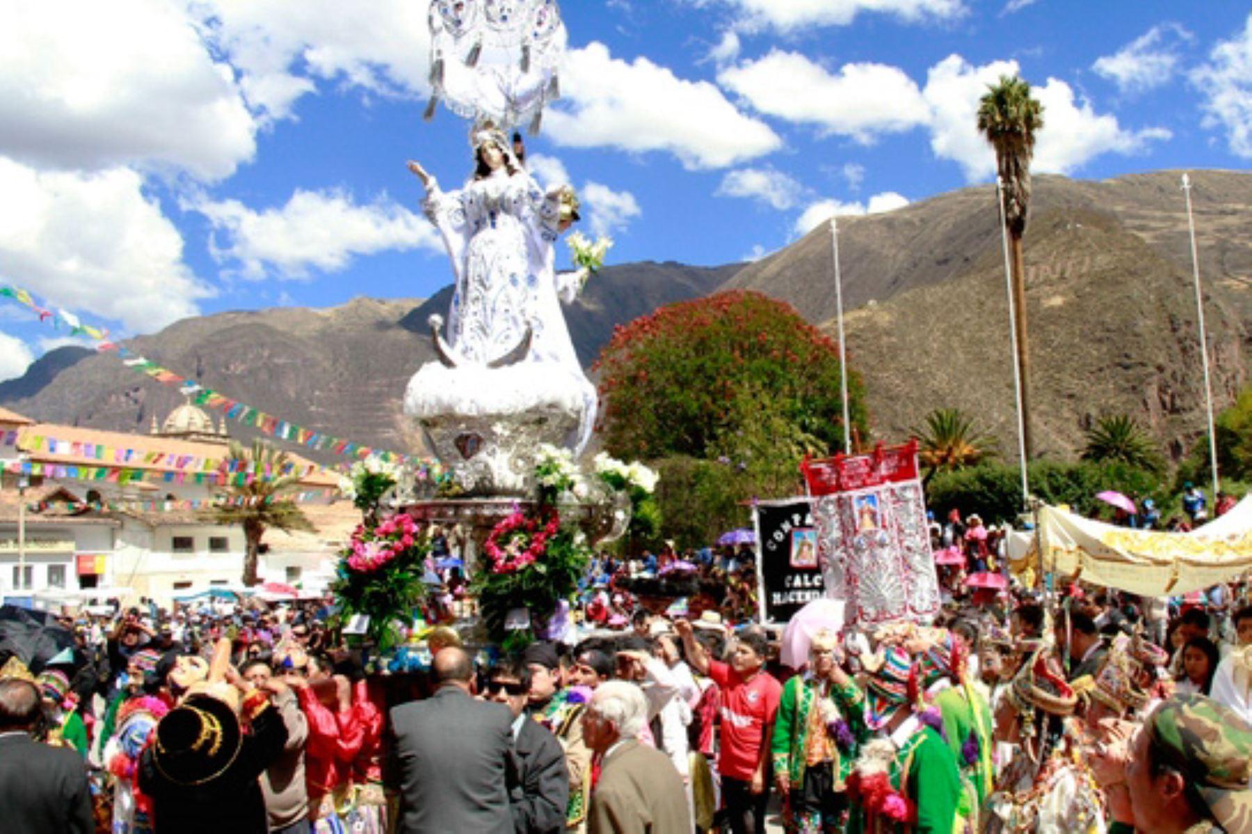 La Festividad de la Mamacha Asunta de Calca, en Cusco fue declarada Patrimonio Cultural de la Nación por el Ministerio de Cultura.