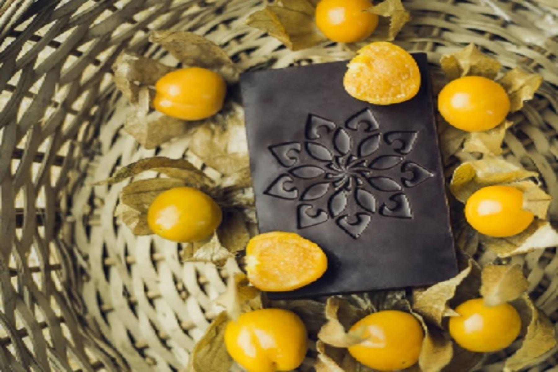 La marca Korin chocolate, que se elabora únicamente con cacao del distrito de Buenos Aires, en la provincia de Morropón, región Piura, ganó cuatro medallas de oro y tres medallas de plata en el concurso internacional Singapur Chocolate Awards.