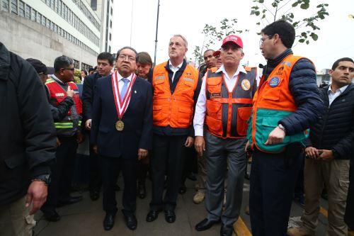 Alcalde de Lima lidera simulacro nacional de sismo