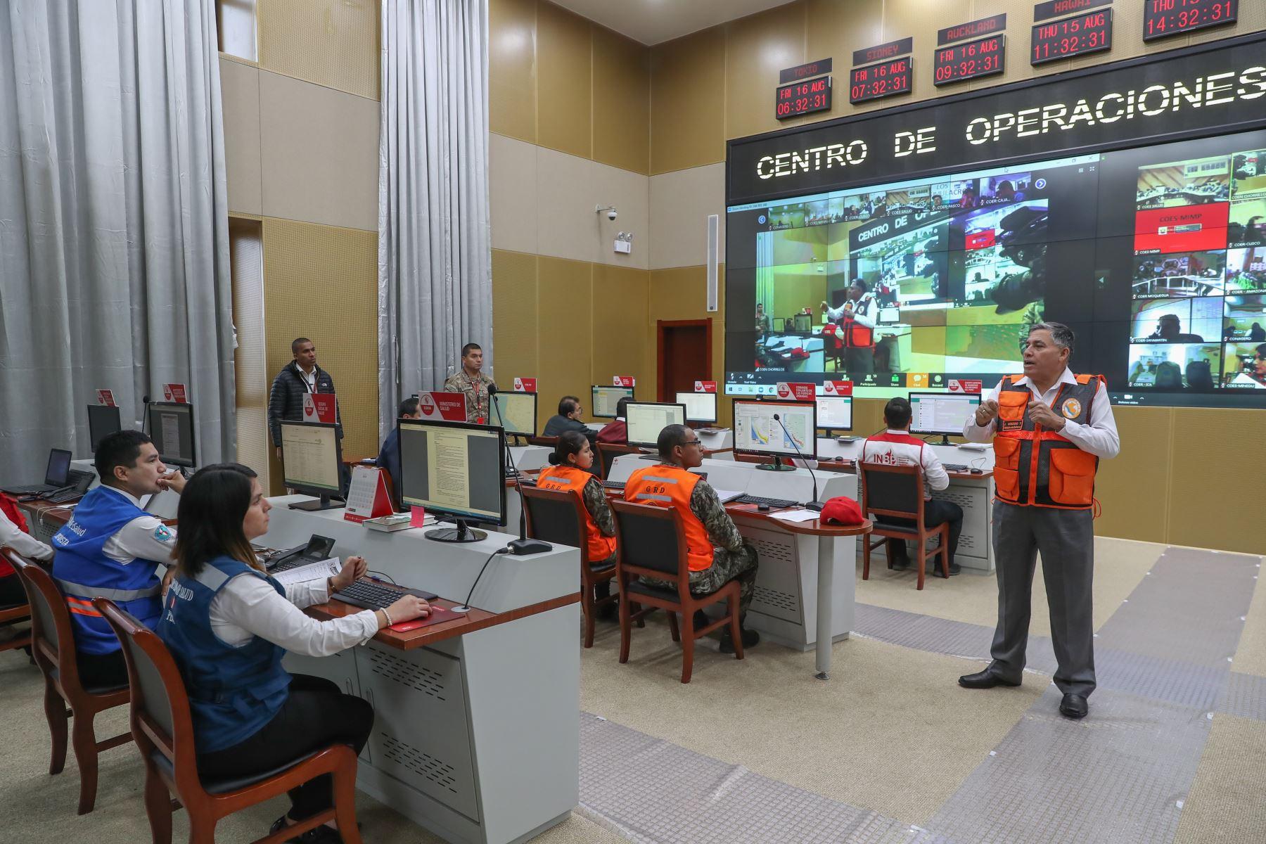 Sesión del CONAGERD, donde se evaluó resultados del Simulacro de Sismo Nacional 2019 y Multipeligro al interior del país.Foto:ANDINA/MINDEF