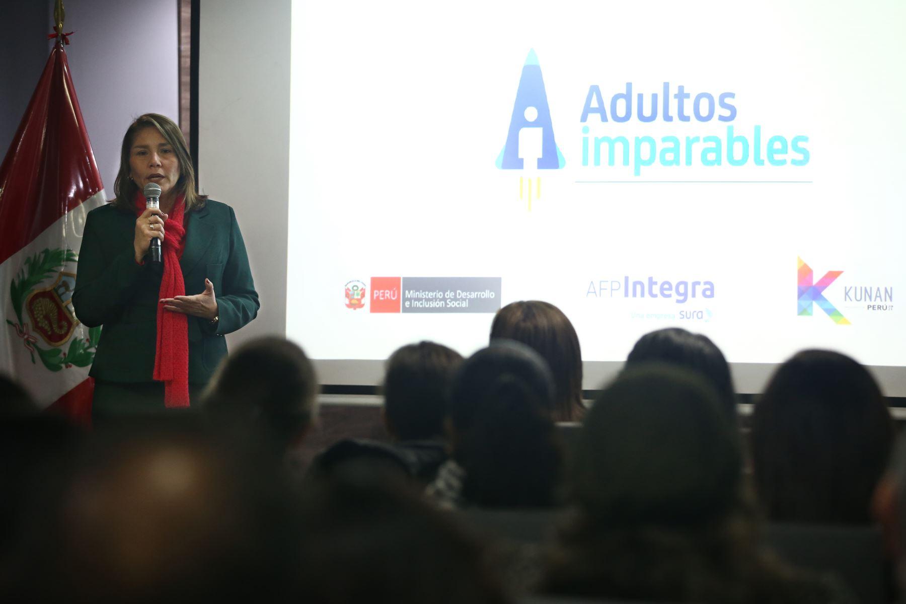 """Con apoyo del MIDIS, desafío Kunan 2019 lanza nueva categoría """"Adultos Imparables"""". Ministra Paola Bustamante estuvo presente en el lanzamiento. Foto: ANDINA/Melina Mejía"""