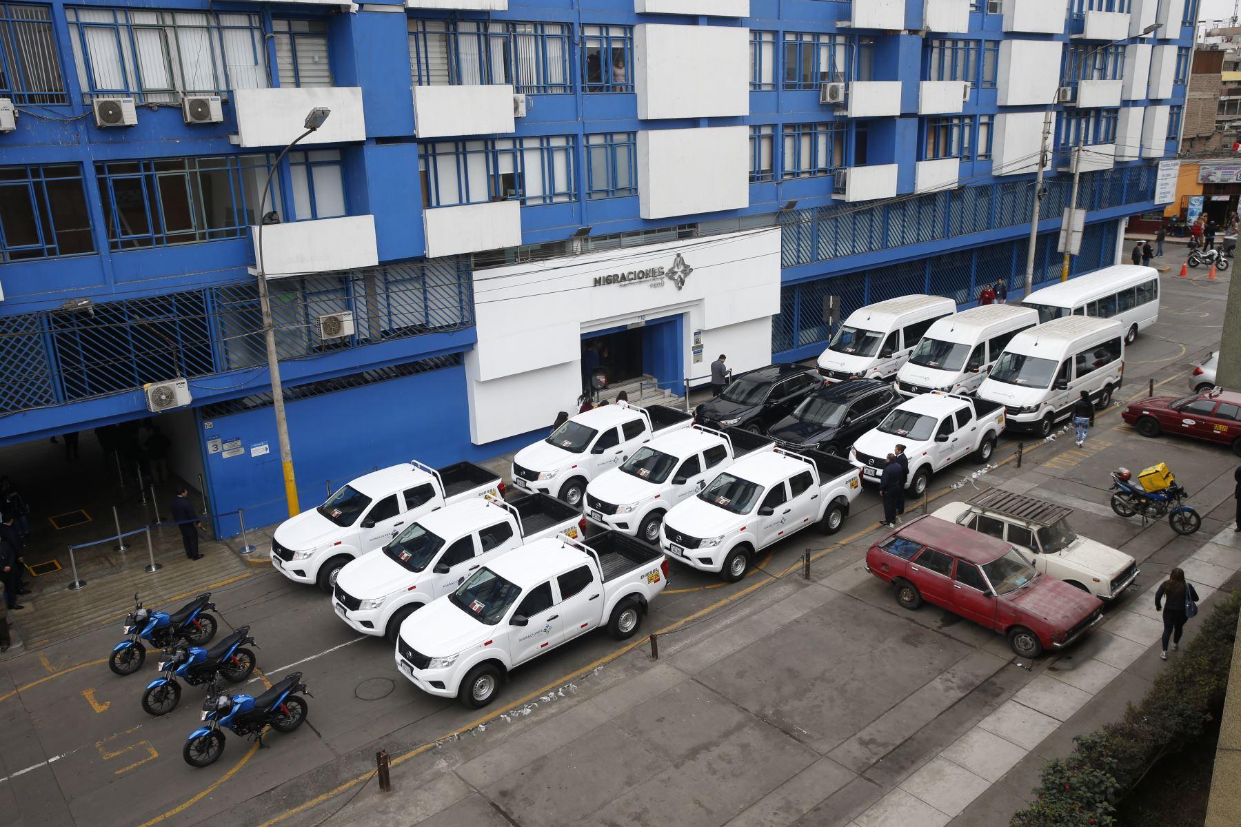 Migraciones adquiere dieciséis vehículos para fiscalización migratoria. Foto: ANDINA/Renato Pajuelo