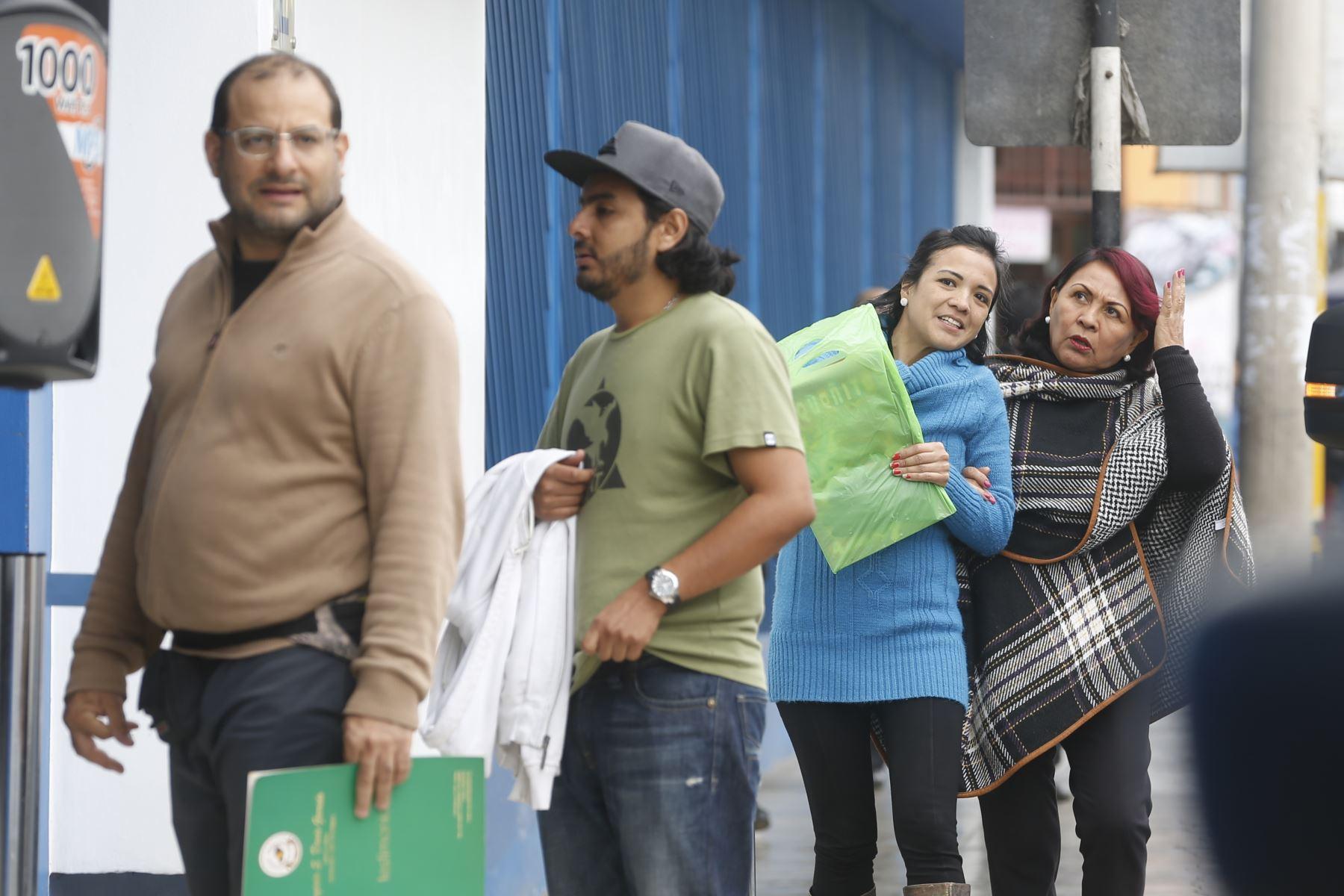 Trámites en Migraciones. Foto: ANDINA/Renato Pajuelo