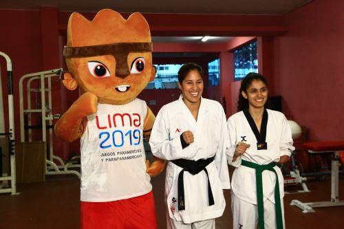 Alexandra Grande  alienten a los deportistas que participarán en los Juegos Parapanamericanos Lima 2019
