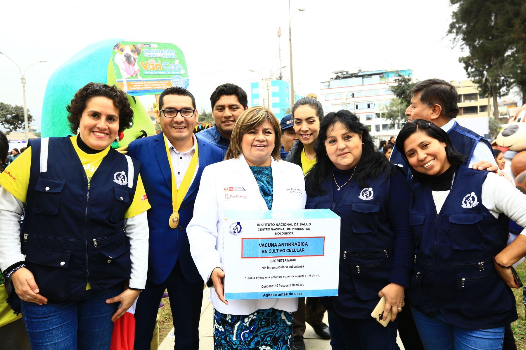 Ministra de Salud, Zulema Tomás Gonzáles participa en la Campaña Antirrábica de Vacunación Canina VAN CAN 2019. Foto: ANDINA/Pedro Cardenas