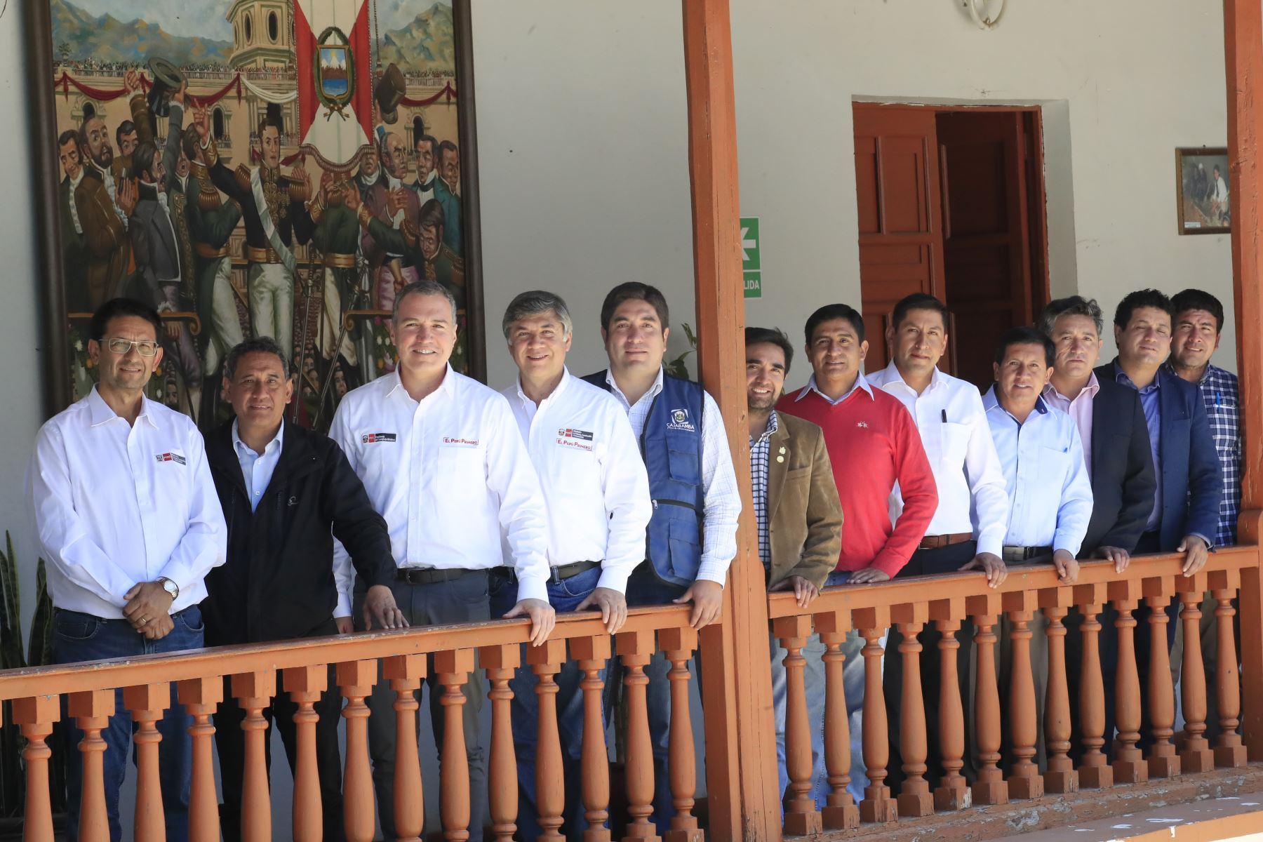 El presidente del Consejo de Ministros, Salvador del Solar y el ministro de Vivienda se reúnen con los alcaldes distritales de Cajamarca. Foto: ANDINA/Juan Carlos Guzmán