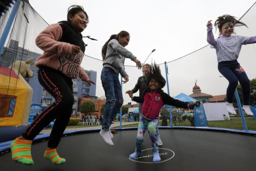 "Ministerio de la Mujer impulsa la campaña "" Ponte en Modo Niñez """
