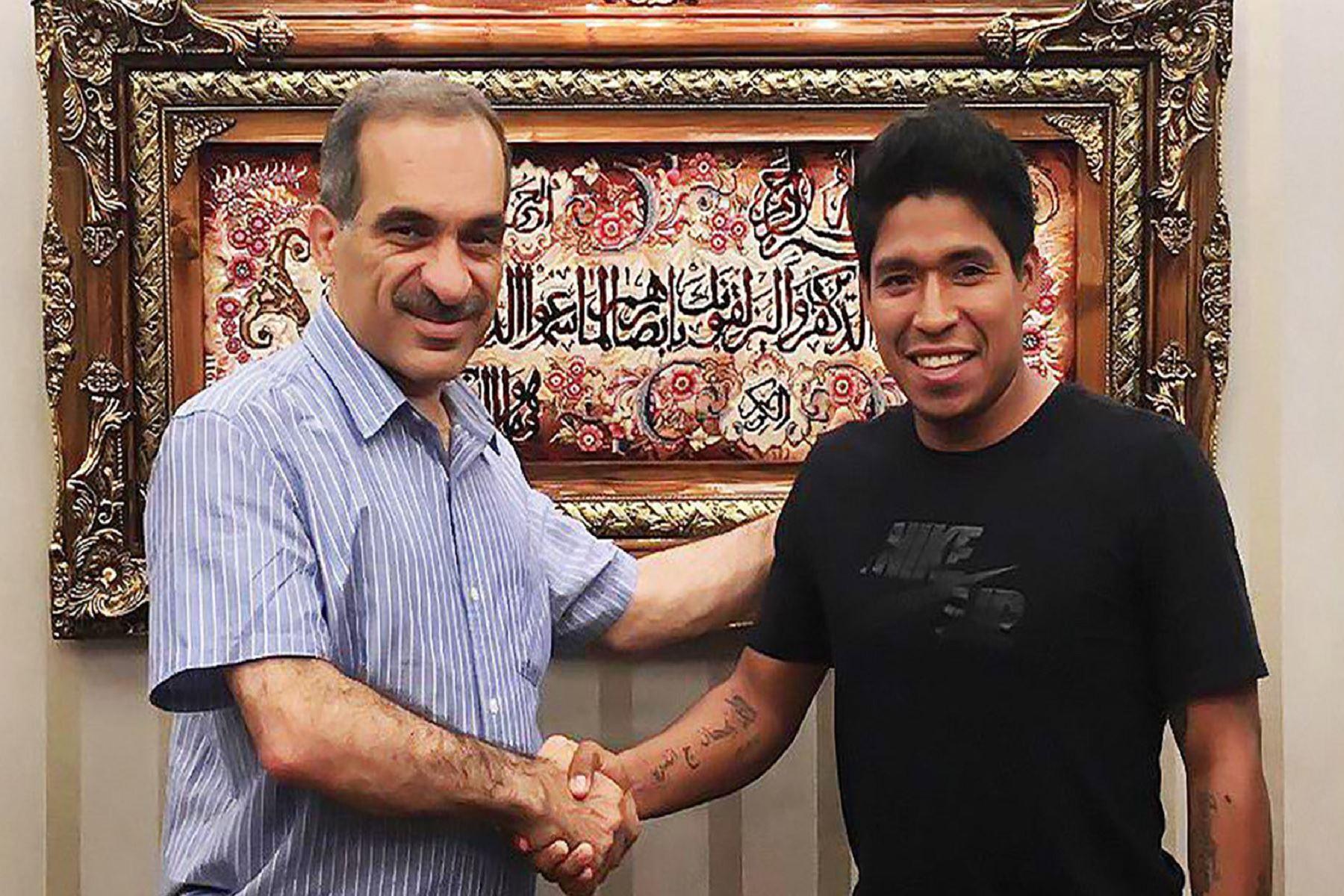 El peruano Williams Mimbela jugará en Irán. Foto: Tractor Sazi FC