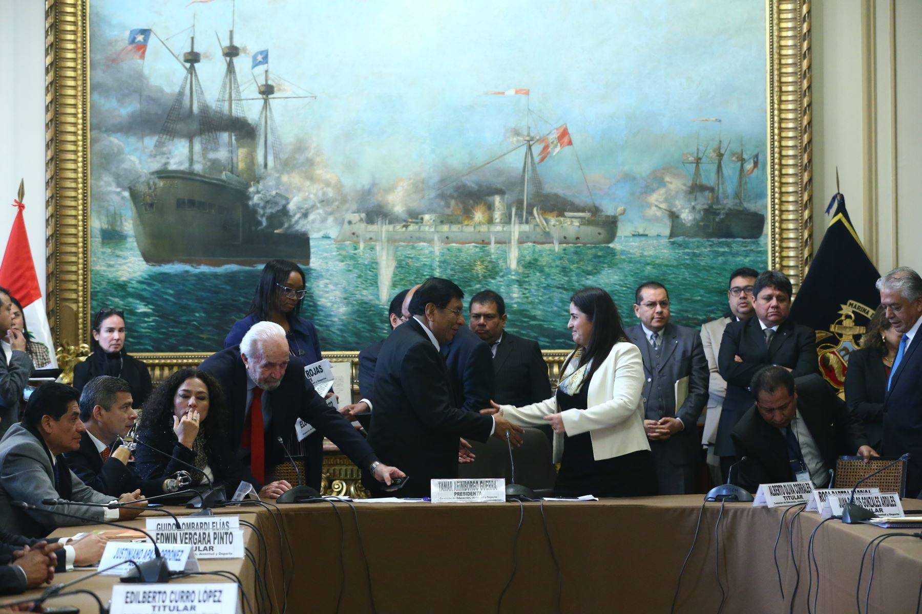 Instalación de la Comisión de Educación cuya presidencia recae en la congresista Tamar Arinborgo. Foto: ANDINA/Melina Mejía
