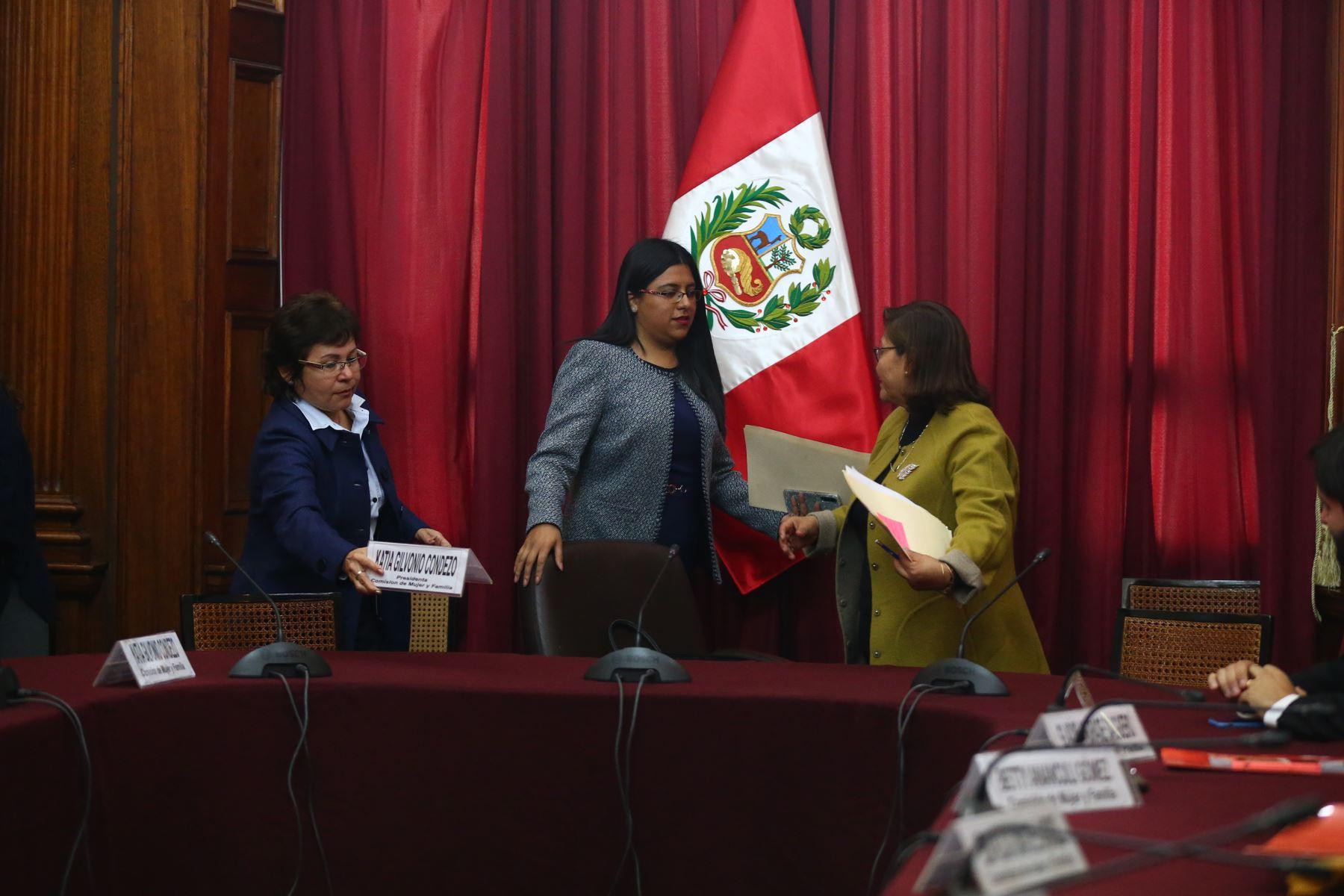 Instalación de la Comisión de la Mujer cuya presidencia recae en la congresista Katia Gilvonio . Foto: ANDINA/Melina Mejía