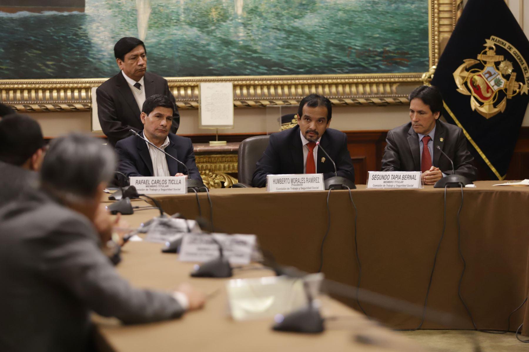 Instalación de la Comisión de Trabajo  ,cuya presidencia recae en el congresista Humberto Morales Ramirez Foto: ANDINA/Jorge Tello
