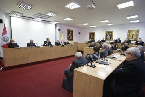 Presidente Vizcarra dialoga con obispos de Conferencia Episcopal Peruana