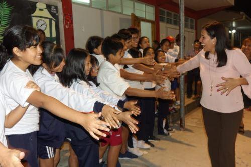 Ministra de Educación, Flor Pablo, inaugura hoy colegio en Madre de Dios. ANDINA/Difusión