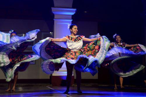 Grupo invitado que participará esta noche de la gala de danza y música en Santa Beatriz.