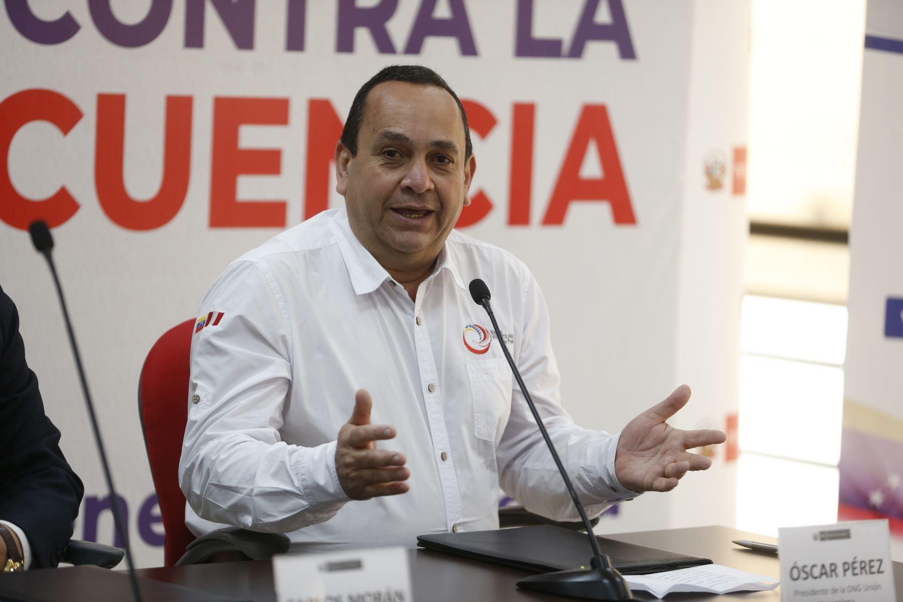 Óscar Pérez, presidente de la ONG Unión Venezolana en Perú. Foto: ANDINA/Renato Pajuelo