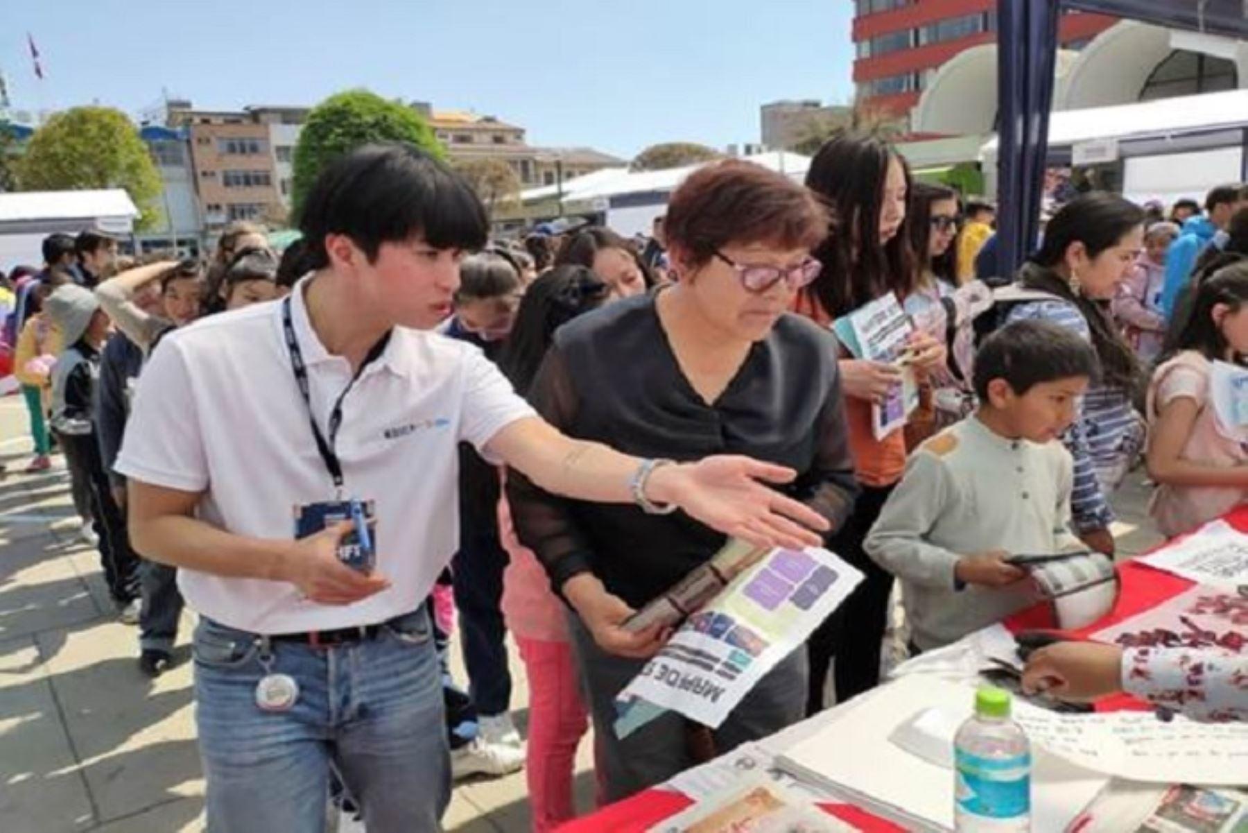 """El Festival """"Huancorea 2019"""" contó con la participación del subdirector de Koica Perú, Saang-keub Lee, quien mencionó que tres voluntarios coreanos están trabajando actualmente en Huancayo y llegará un voluntario más para fines del próximo mes."""