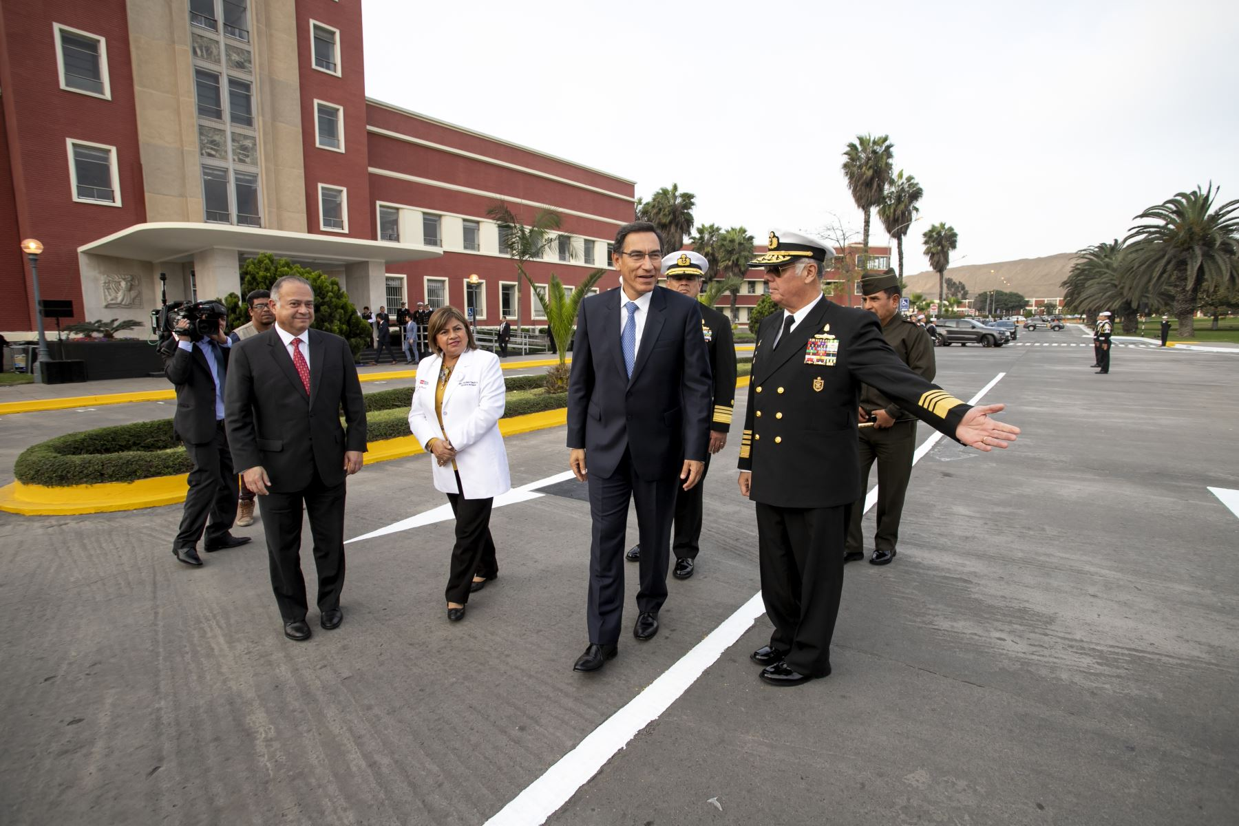 Presidente Martin Vizcarra participo en el 50° Aniversario del Primer Trasplante Exitoso de Riñón de realizado en un nosocomio de la Marina de Guerra. Foto:ANDINA/ Prensa Presidencia