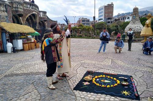 En ceremonia de pago a la tierra, población huancaína invocó a proteger la Amazonia.