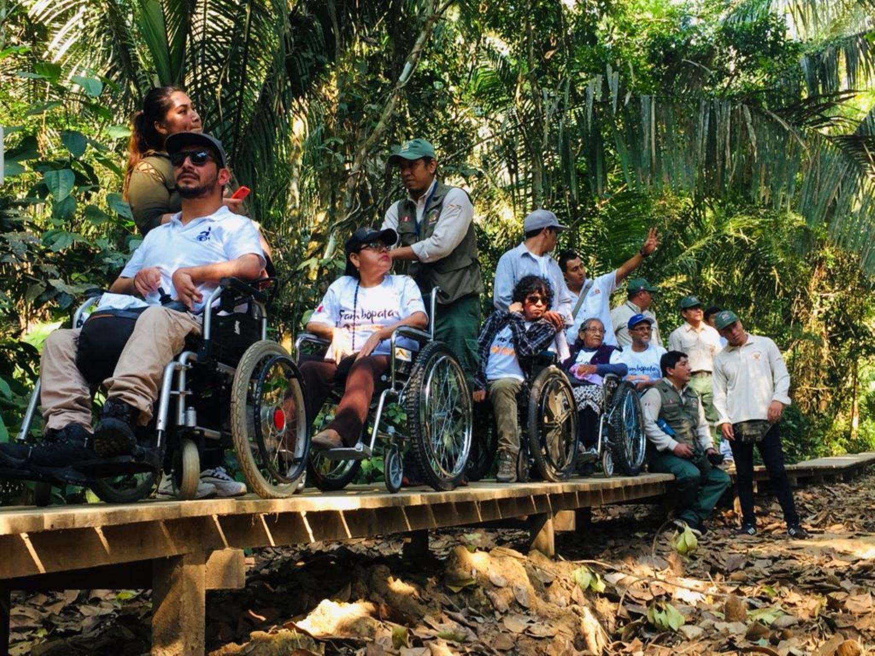 Tambopata presenta una oferta de turismo inclusivo para personas con discapacidad, adultos mayores y personas con niños pequeños. Foto: ANDINA/Sernanp