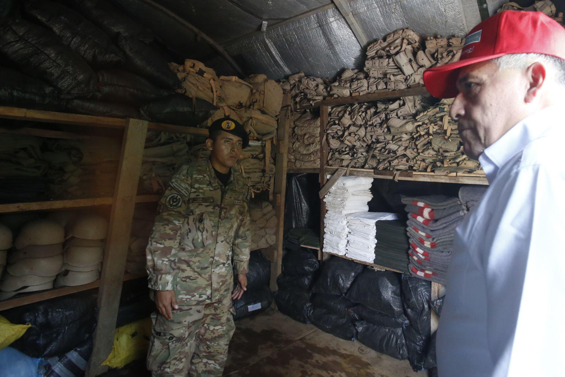 Ministro de Defensa, Jorge Moscoso, llega a la base aérea de Madre de Dios y supervisa Fuerte Pachacutec previo a La Pampa. Foto: ANDINA/Renato Pajuelo