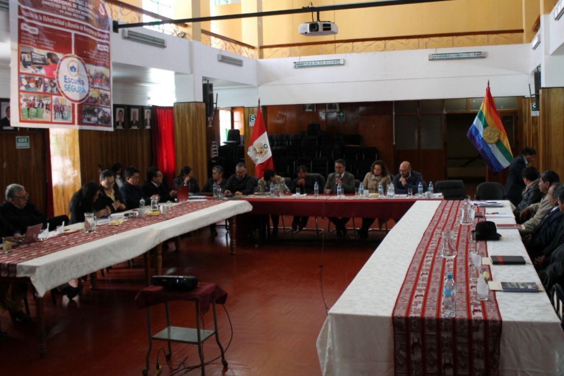 Minedu y región Cusco instalan mesa técnica para promocionar la escritura quechua