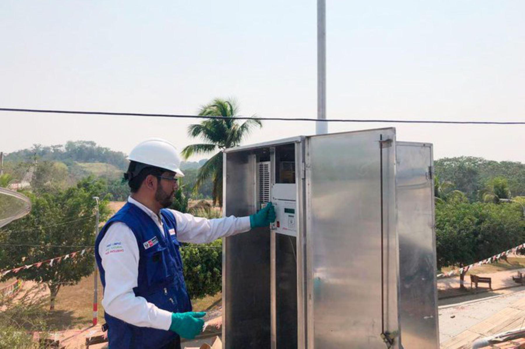 El Minam instaló moderno equipo de medición de la calidad del aire en Madre de Dios, a 50 metros de la frontera con Brasil. Foto: ANDINA/Difusión