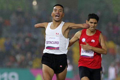 Lima 2019: peruano Efraín Sotacuro sube al podio en los 1500 metros planos