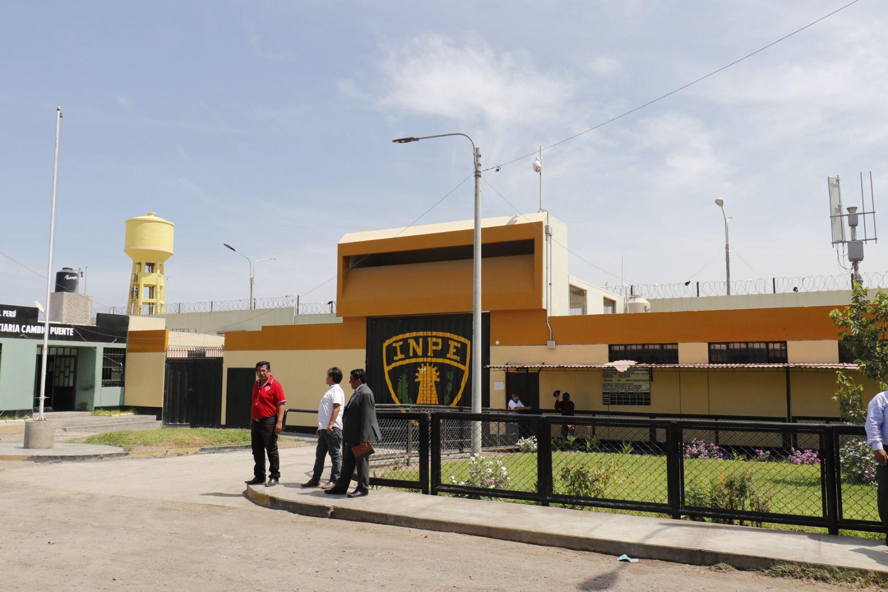 En el penal Cambio Puente (Áncash) purgará cadena perpetua José Eustaquio de los Santos Palacios (56) por el delito de abuso sexual en agravio de su sobrina nieta.