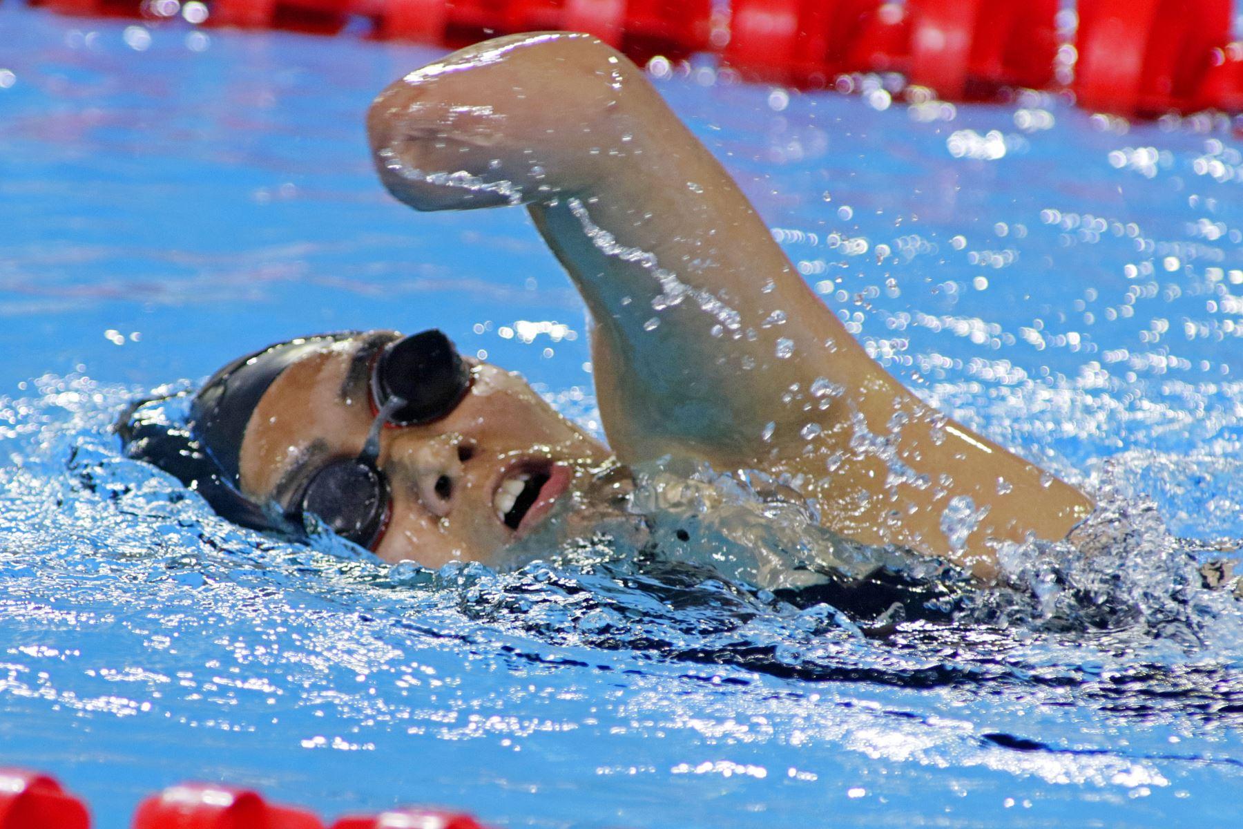 Dunia Felices quedó entre las mejores en los 200 metros libre